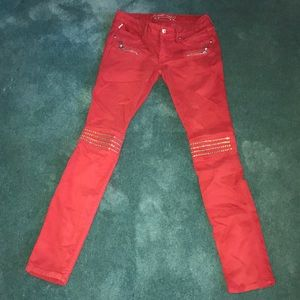 Red Robin Jeans